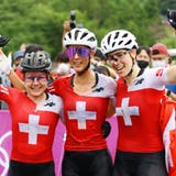 Triumph bei Olympia, an der WM Favoritinnen (von links): Sina Frei, Jolanda Neff und Linda Indergand. (Tim De Waele / Getty Images AsiaPac)