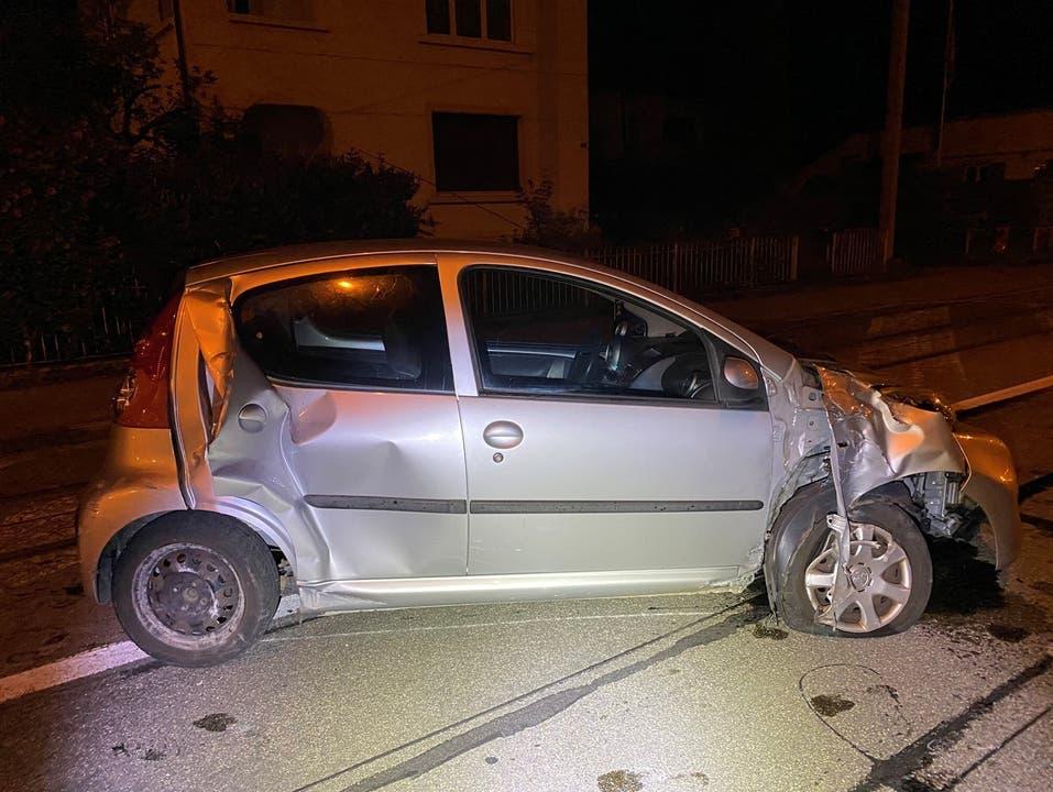 Autofahrer missachtet Vortritt - zwei Personen verletzt