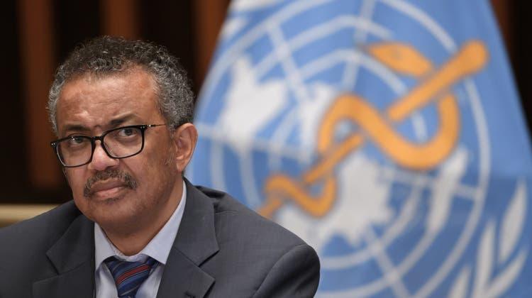 Der Direktor der Weltgesundheitsorganisation Tedros Adhanom Ghebreyesus will zuerst die ärmeren Länder beliefern, statt Booster-Impfungen im Norden. (Fabrice Coffrini / KEYSTONE)