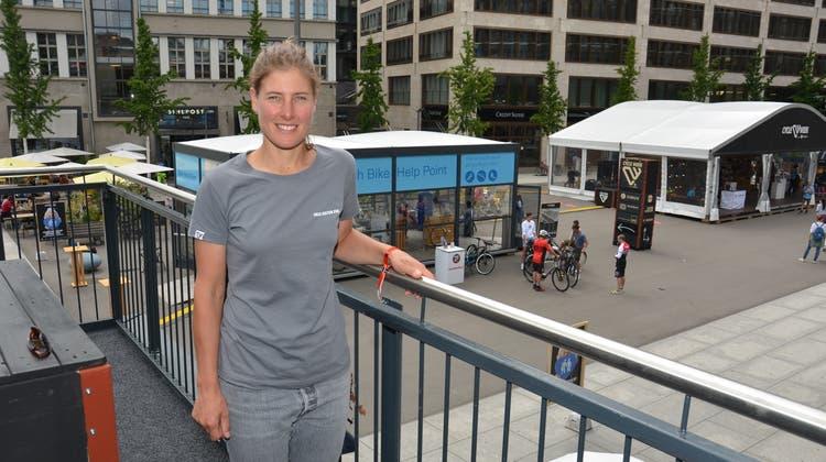 Nathalie Schneitter, die in Rüttenen wohnt, ist seit 2017 Messeleiterin an den Bike Days und nun an der Cycle Week. (Fabio Vonarburg)