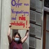 11 Schweigeminuten für das Opfer: So lange soll die Vergewaltigung gedauert haben. (Fabian Schwarzenbach)