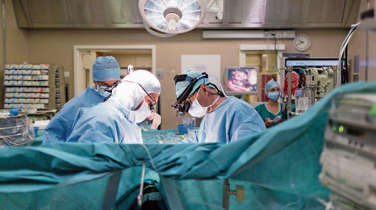 «Unverständliche Preisunterschiede» bei Herzeingriffen: Der gleiche Stent kostet mal1200, mal 3500 Franken
