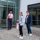 Roger Häfner-Neubauer, Jacqueline Baumann undUrsi Senn-Bieri freuen sich auf die zukünftige Zusammenarbeit. (Bild: Sabrina Bächi)