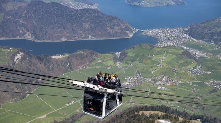 Es geht wieder aufwärts mit den Umsätzen der Schweizer Seilbahnen, aber nur langsam. (Symbolbild)