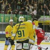 Die Thurgauer bejubeln in der Fankurve ihrer Anhänger den 1:0-Führungstreffer durch Rickard Palmberg. (Mario Gaccioli)