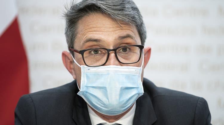 Der oberste Gesundheitsdirektor Lukas Engelberger wehrt sich gegen den Vorwurf, er habe die Spaltung der Gesellschaft gefördert. (Keystone)