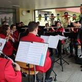 Die Musikgesellschaft Müllheim beim Frühschoppenkonzert. (Bild: Manuela Olgiati)