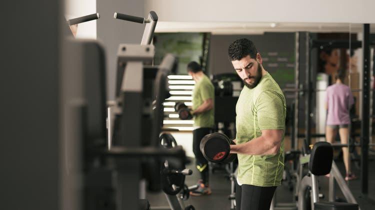Man tuts nicht nur für einen kraftvollen Körper – Muskel stählen macht den Körper auch gesund. (Imago)