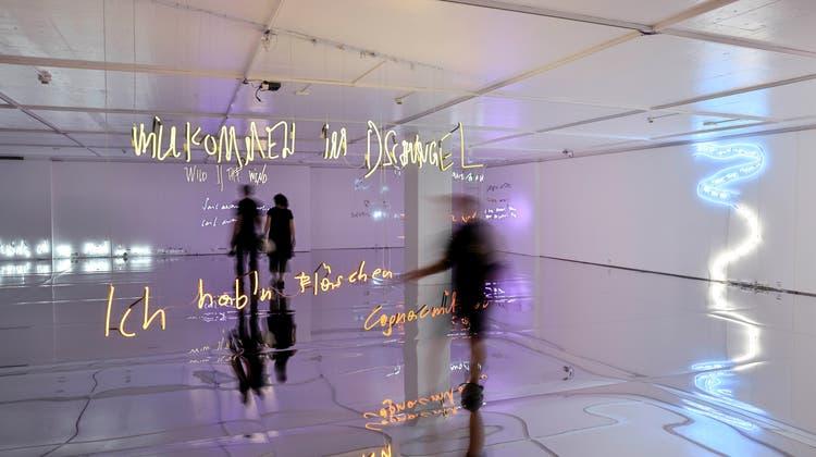 «Willkommen im Dschungel» sangendieösterreichischen Bilderbuch. Und Jahic/Roethlisberger eröffnen damit den Dialog. (Bild: Zvg)