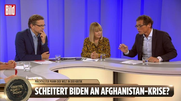 Roger Köppel als Gast bei einer TV-Sendung der Zeitung «Bild». Gerne diskutierte der SVP-Nationalrat und «Weltwoche»-Verleger auf dem Sender auch mit Ex-Bild-Chef Julian Reichelt. (Screenshot Bild-TV)