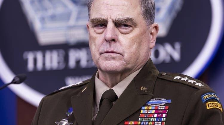 Generalstabschef Mark Milley, hier während einer Pentagon-Pressekonferenz im September 2021, versuchte eine Kurzschlussreaktion Chinas auf die Provokationen von Präsident Donald Trump zu verhindern. (Jim Lo Scalzo / EPA)