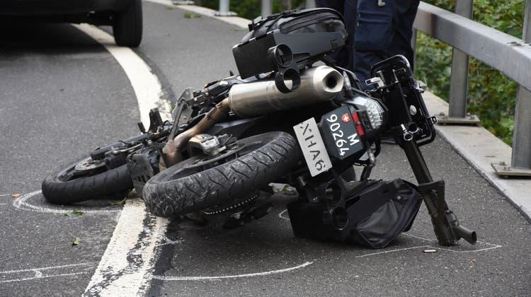 Der in den Unfall verwickelte Militärtöff am Brünig. (Bild: PD (Lungern, 15. September 2021))