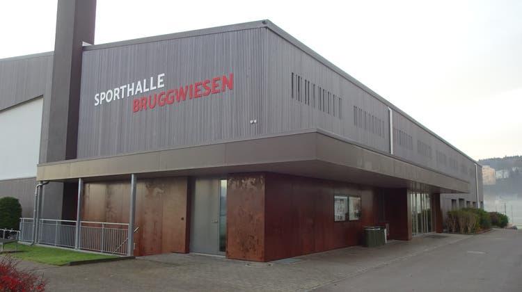 Die sanierte Sporthalle Bruggwiesen an der Amriswilerstrasse. (Bild: PD (Bischofszell, September 2021))