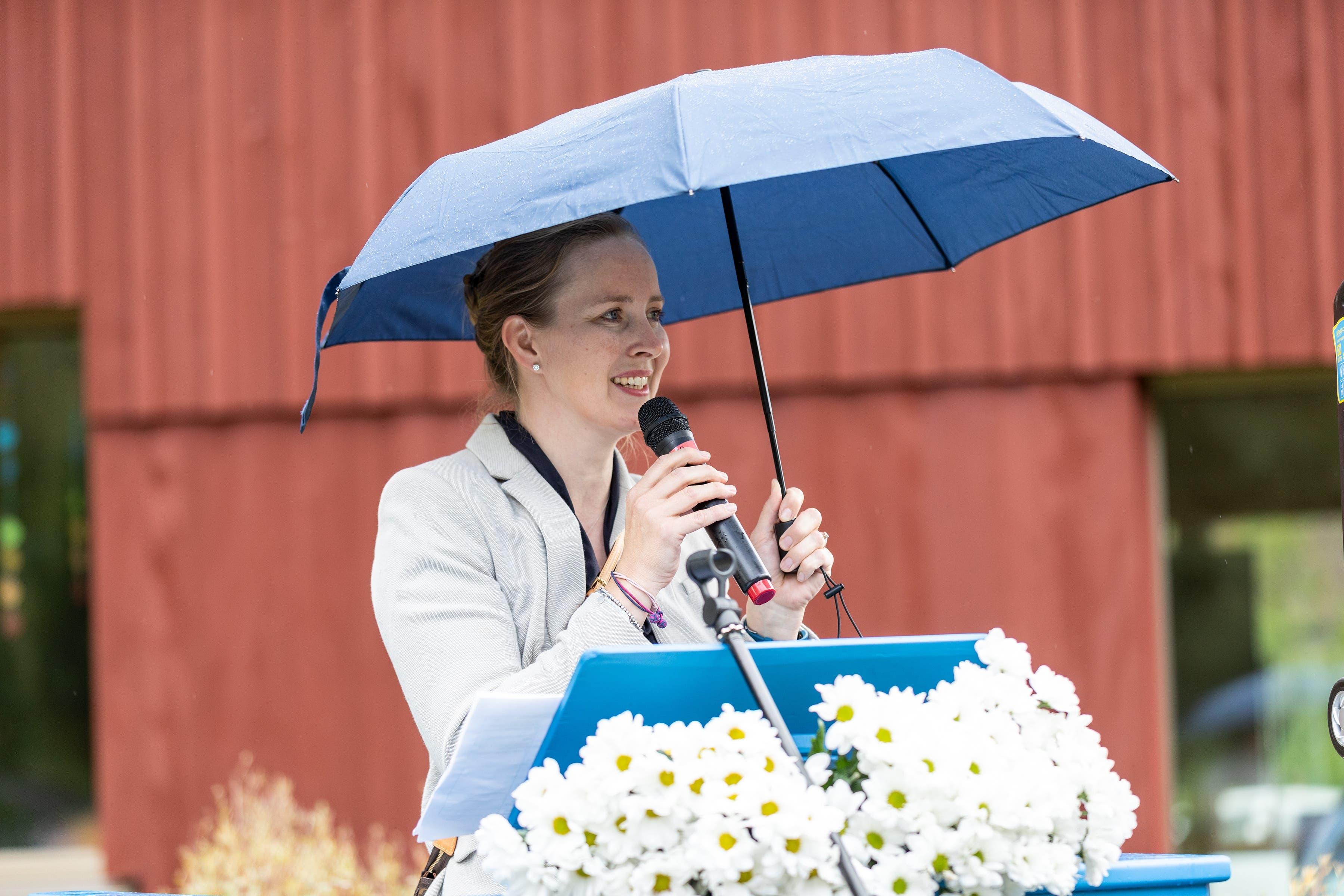 Viola Kopp, Schulleiterin der Schuleinheit Steinmürli, begrüsste die Anwesenden.