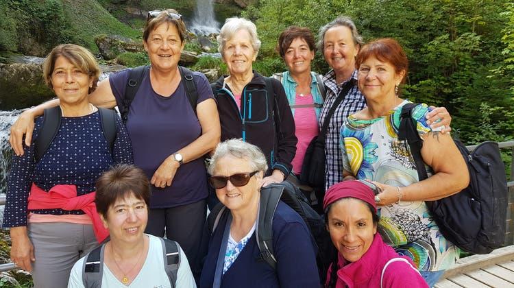SATUS Frauenriege bei den Giessbachfällen