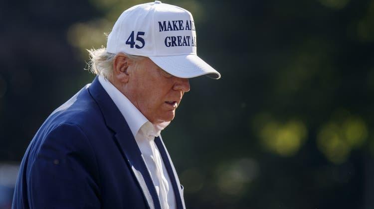 Der 45. US-Präsident kommt aus den Ferien zurück: Donald Trump reiste am liebsten nach Bedminster, New Jersey. (Shawn Thew / EPA)