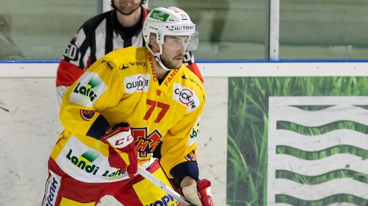Ist neu im Dress des EHC Biel unterwegs: Der Dintiker Eishockey-Profi Robin Grossmann. (Pascal Muller / freshfocus)
