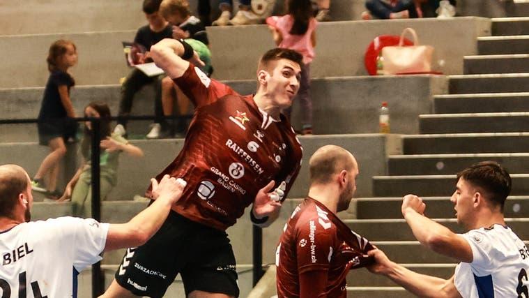 Filip Begic beeindruckt mit seiner Sprungkraft die Gegenspieler und das Publikum. (Pedro Gisin)