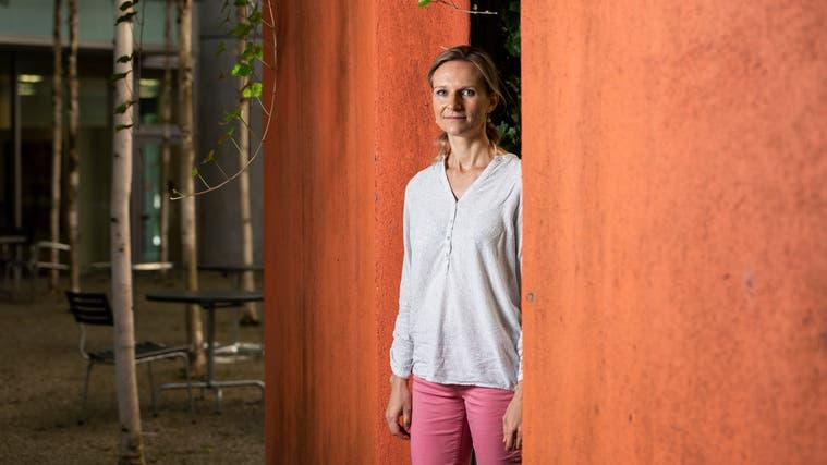 Lucia Engeli (SP), Oberärztin am Kantonsspital Aarau, kandidiert für den Gemeinderat Unterentfelden. (Severin Bigler)