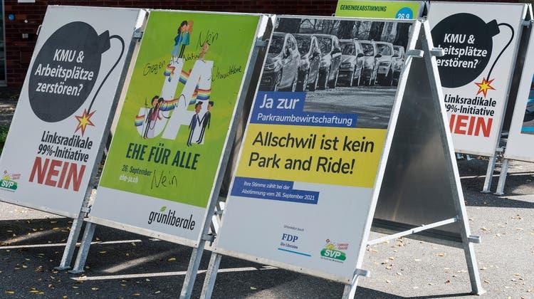 Die Gemeinden rund um Basel verlangen von ihren Anwohnenden unterschiedlich hohe Jahresgebühren fürs Parkieren. (Infografik CH Media)