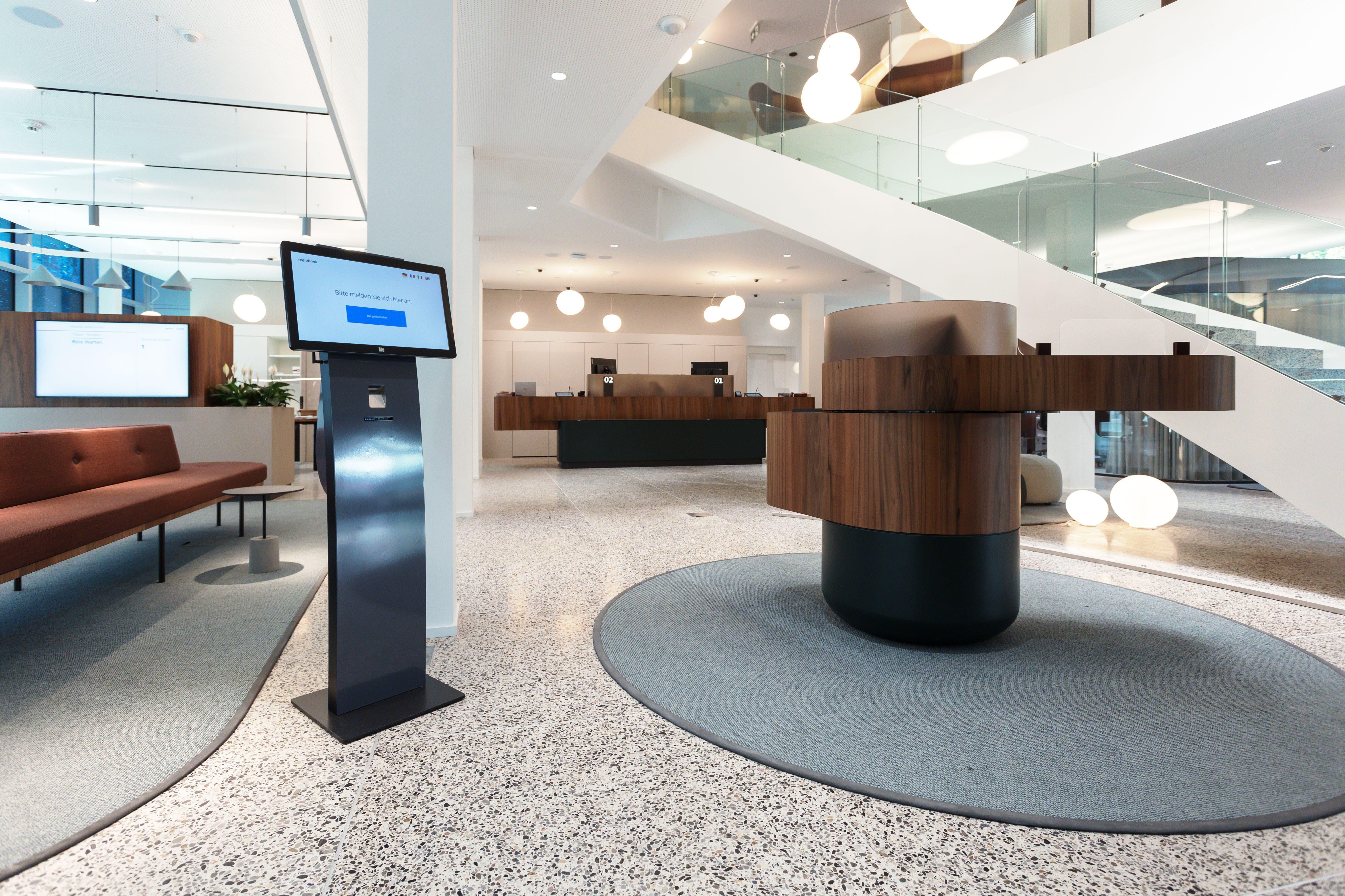 Eingangsbereich mit Sicht auf das Welcome-Desk
