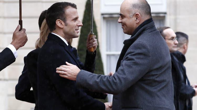 Emmanuel Macron, hier 2018 mit Alain Berset, will derzeit keinen Besuch vom Schweizer Bundespräsidenten. (Keystone)