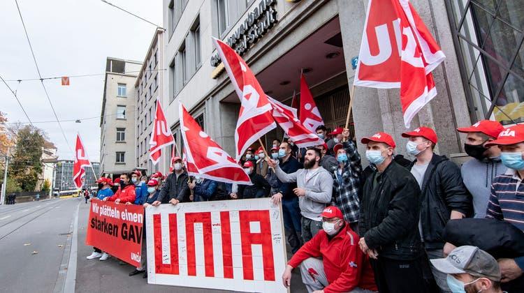 Protest der Gewerkschaft Unia. (Nicole Nars-Zimmer)