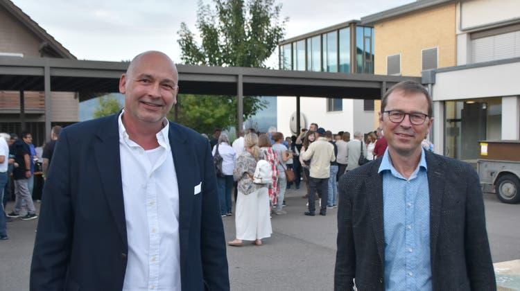 Rainer Schaub (l.) ist als Gemeindeammann wiedergewählt. Ralf Dümpelmann wurde zum neuen Vizeammann gewählt. (Horatio Gollin / Aargauer Zeitung)