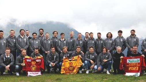 Die SCL Tigers beim Saisonstart-Event auf der Marbachegg (Bild: SCL Tigers)