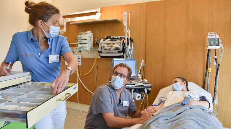 Johanna Jenny und Christof Geigerseder verantworten die ärztliche Betreuung der Notfallstation Wattwil. (Bild: PD)
