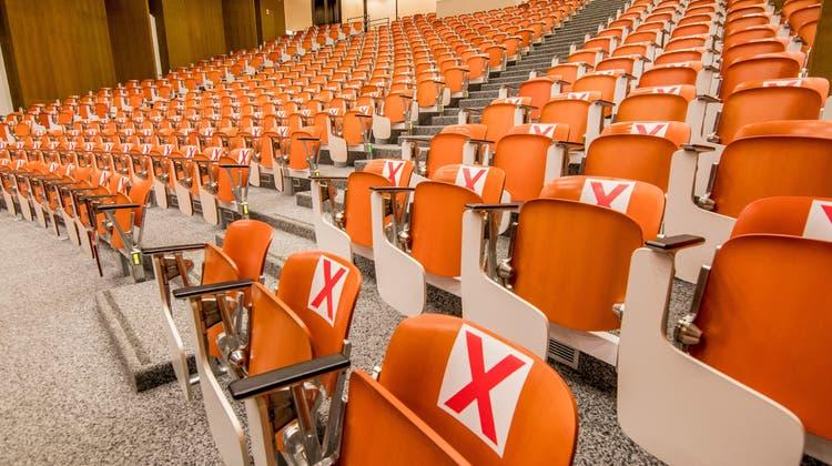 Medizin-Vorlesungen werden vorerst keine stattfinden im ZLF-Vorlesungssaal. (Nicole Nars-Zimmer (02.September 2021))