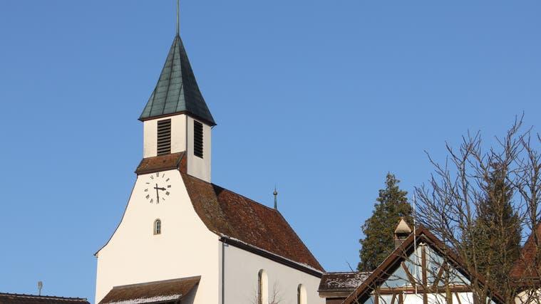 Pfarrer Peter Lüscher wird festlich verabschiedet in Bözen ++ Gesucht ist ein neues Mitglied für den Gemeinderat in Villnachern