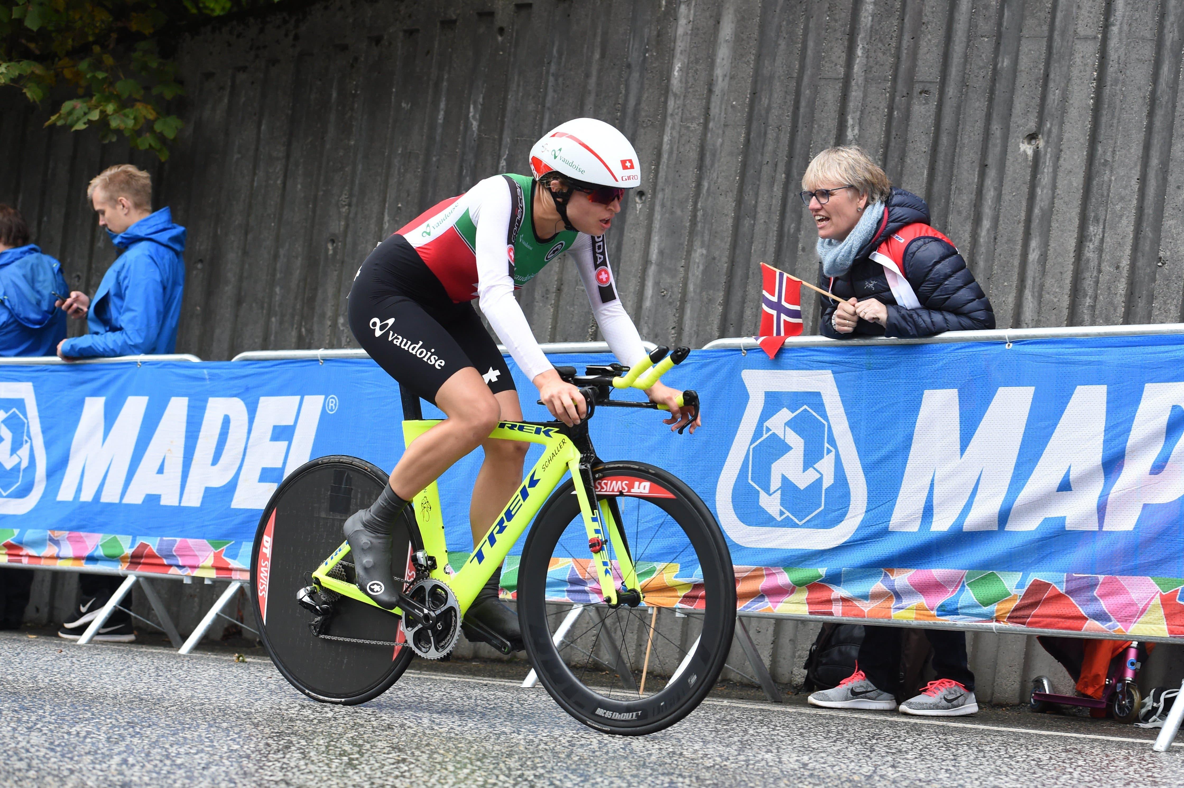 Erst 2017 beginnt für Reusser die grosse Velo-Karriere. Hier ist sie im gleichen Jahr an der Strassen-WM in Bergen (Norwegen) zu sehen, wo sie sich im Zeitfahren auf Rang 28 klassiert.