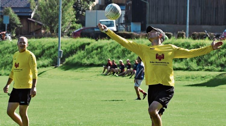 20 Mannschaften kämpten um den Titel des Schweizer Meisters im Faustball