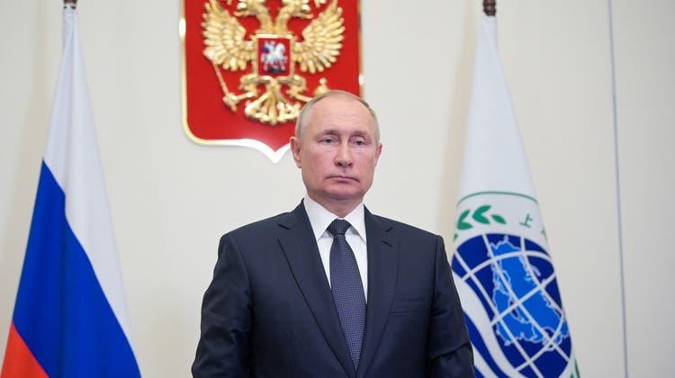 Russlands Präsident Wladimir Putin hat mit der Parlamentswahl genau das bekommen, was er wollte – und kann zufrieden sein. (Alexei Druzhinin / AP)