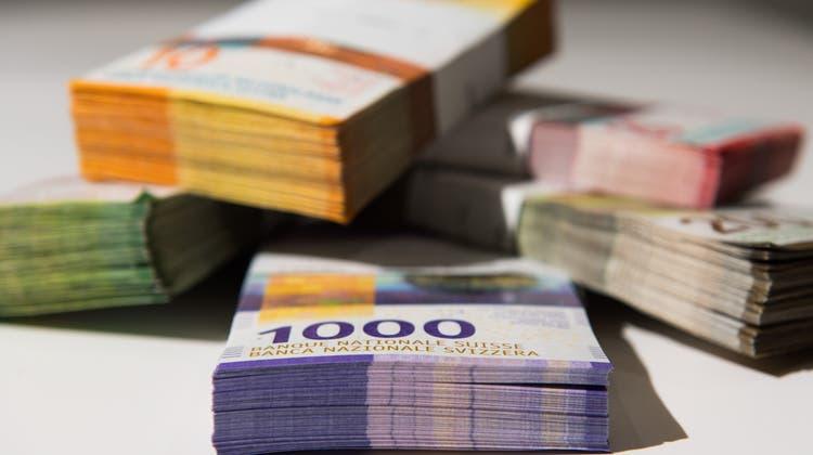 Grossunternehmen erhalten im Kanton Solothurn noch einmal die Möglichkeit,ein Gesuch um Härtefallhilfen einzureichen. (Keystone)