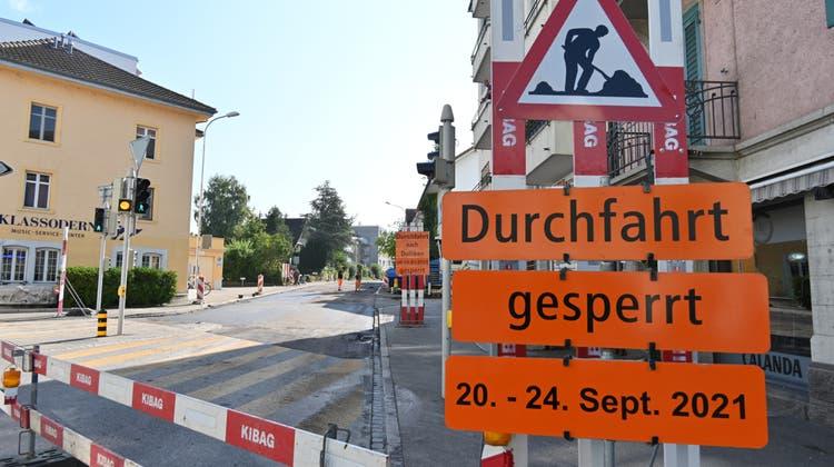 Baustelle Wilerwegab Jakobsbrunnen Olten: Die Durchfahrt bleibt noch bis kommenden Freitagabend gesperrt. (Bruno Kissling)