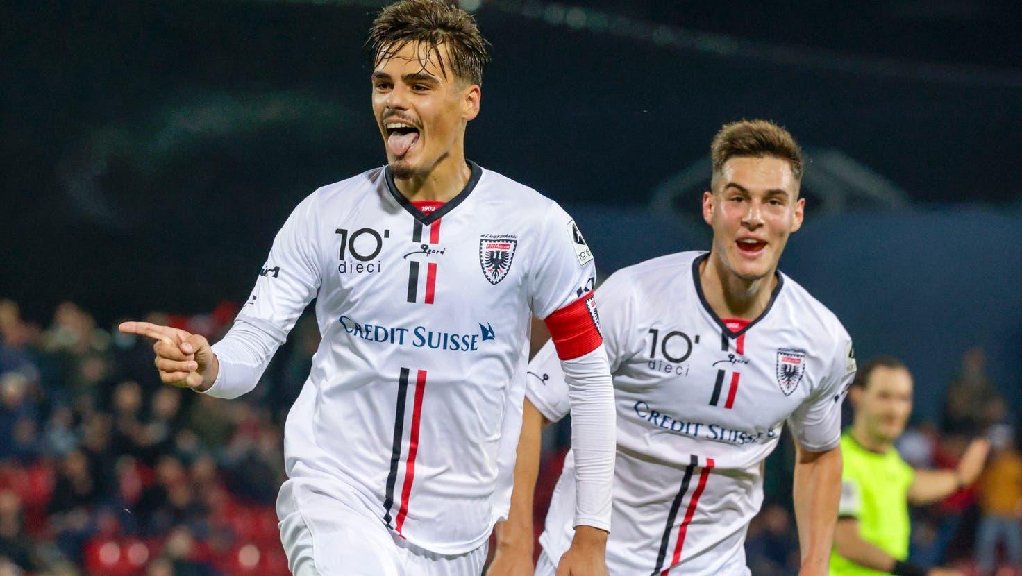 Ein Abend ganz im Sinne des FC Aarau: Der 2:0-Heimsieg gegen Wil ist mehr wert als drei Punkte