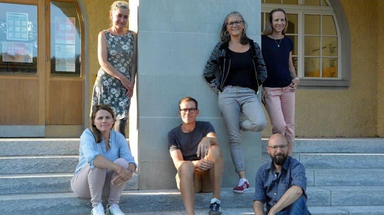Das Team der Elternschule Bischofszell: Janine Fedi-Richter, Präsidentin Franziska Lenzin Lendenmann und Sandra Beeler (hinten); Eva Hotz-Eisenegger, Jens Havenstein und Christoph Biedermann. (Bild: Werner Lenzin (Bischofszell, September 2021))