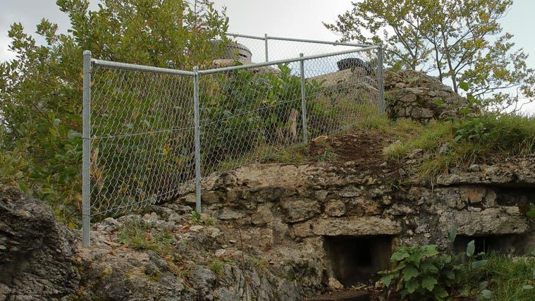Der Aufstieg zum Panzertürmli ist nun durch zusätzliche Geländer gesichert. (zvg/Diego Sonderegger)