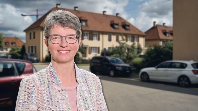 Denkt über eine flächendeckende Einwohnerparkkarte in Muttenz nach: Gemeinderätin Doris Rutishauser (FDP). (Roland Schmid / zvg)