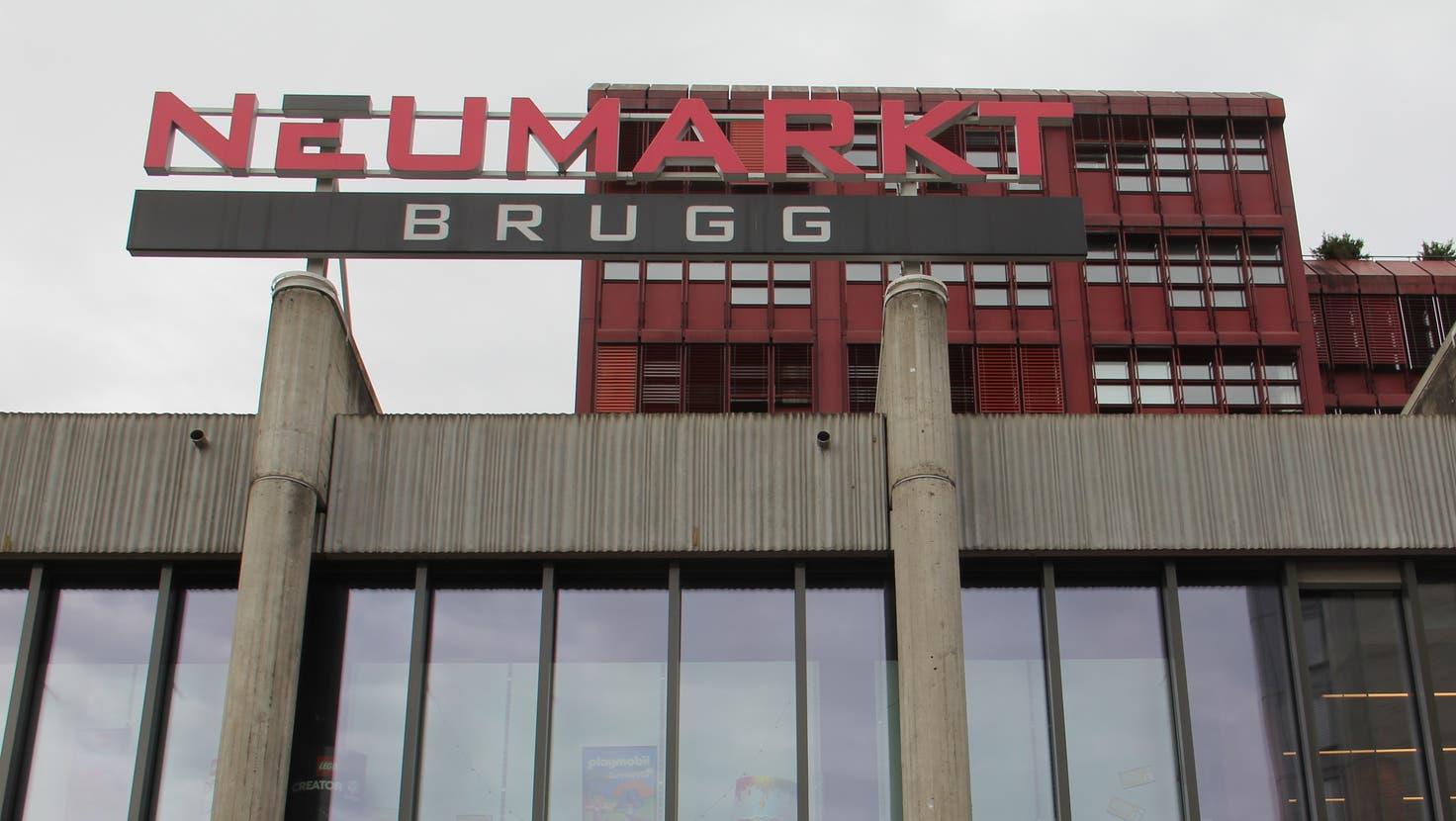 Tatort: Das Einkaufszentrum Neumarkt in Brugg. (Claudia Meier)