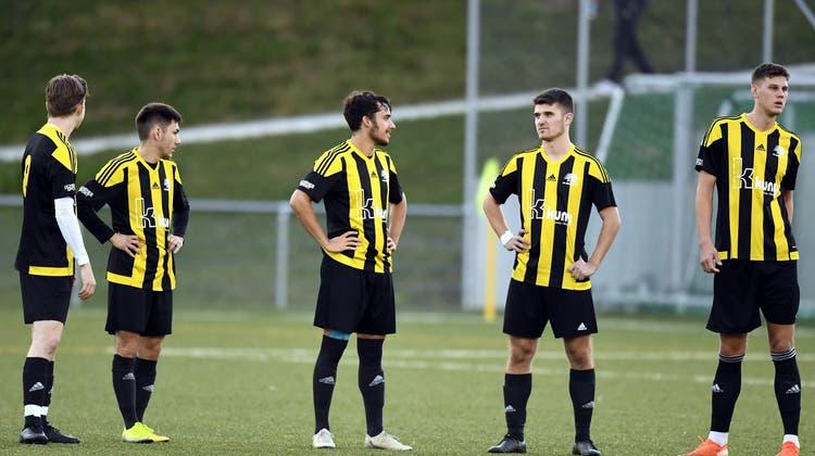 Fragende Blicke: Der FC Küttigen hat das Siegen verlernt. (Alexander Wagner)