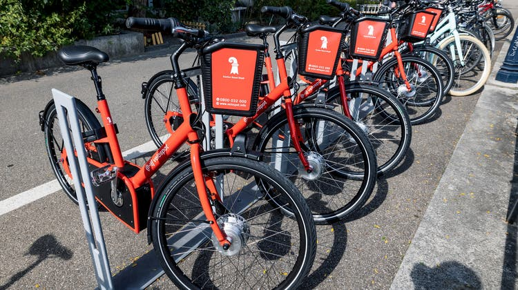 In Basel-Stadt kann man via «Velospot» E-Bikes oder normale Velos ausleihen. (Kenneth Nars)