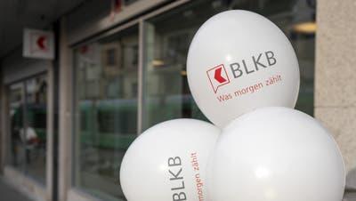Symbol des Aufbruchs – und Nadelstich für die Basler Schwester, die BKB: die 2020 eröffneteBLKB-Filiale am Barfüsserplatz. (Kefalas/Key)