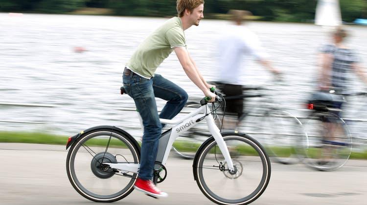 Wer sein E-Bike frisiert und damit fährt, bewegt sich nicht nur in der Illegalität, sondern bringt auch sich und andere in Gefahr. (Symbolbild: Imago)