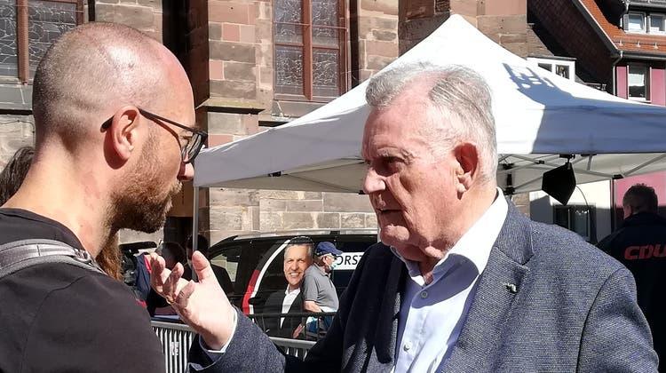 Alt-Ministerpräsident Erwin Teufel (r) im Gespräch mit CH Media: Das CDU-Urgestein aus Süddeutschland glaubt noch an Armin Laschet. (fho)