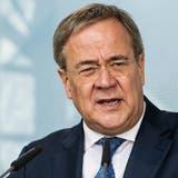 CDU-Kanzlerkandidat Armin Laschet schaltet in den letzten Wahlkampf-Zügen immer mehr auf Angriff. (Oliver Dietze / AP)