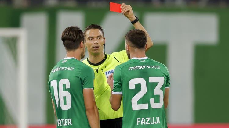 Auch der Platzverweis gegen St. Gallens Verteidiger Fazliji im Spiel gegen Basel ist diskussionswürdig. (Christian Merz / KEYSTONE)