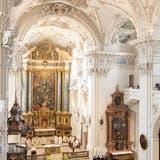 Wie die Handwerker darauf gekommen sind, Kohl in der Kirche zu verewigen, wird man nie erfahren. (Tina Dauwalder)
